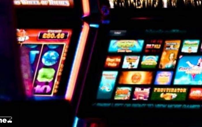 Esitelty kuva 8 syytä pelata online kasinopelejä 700x441 - 8 syytä pelata online-kasinopelejä